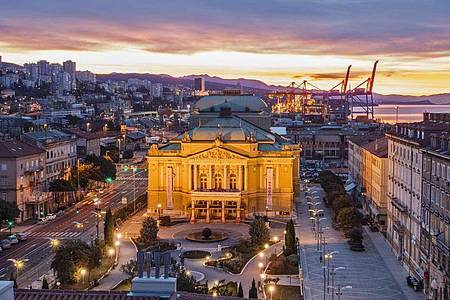 Blick über Rijeka. Foto: Borko Vukosav/Rijeka 2020 European Capital of Culture/dpa
