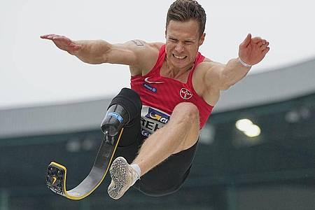 Will in Tokio zu Gold springen:Markus Rehm. Foto: Michael Kappeler/dpa