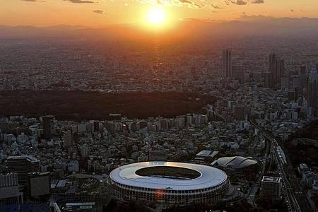 Soll 2021 Austragungsstätte der Olympischen Spiele sein: Das Nationalstadion in Tokio. Foto: ./kyodo/dpa