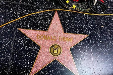 Donald Trump hat einen Stern auf Hollywoods Walk of Fame, ist aber nicht mehr Mitglied bei der US-Schauspielergewerkschaft SAG-AFTRA. Foto: Barbara Munker/dpa