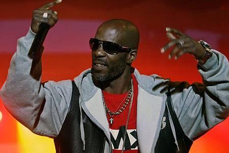 Der US-Rapper DMX bei einem Konzert auf der Bühne. (Archivbild). Foto: Rafal Guz/PAP/dpa