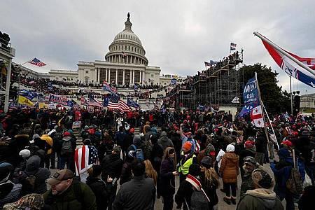 Anhänger von US-Präsident Donald Trump stürmten im Januar das US-Kapitol. Foto: Essdras M. Suarez/ZUMA Wire/dpa