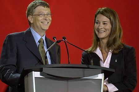 Bill (l) und Melinda Gates geben die Scheidung bekannt. Foto: epa Warren Toda/EPA/dpa