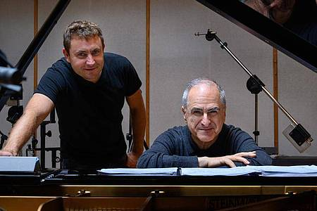 Two is company: Bassist Thomas Fonnesbaek (l.) und der Pianist Enrico Pieranunzi. Foto: Annett Ahrends