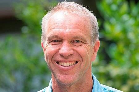 Rudi Beiser ist Autor und Dozent für Heilkräuter und Wildpflanzen. Foto: Rudi Beiser/Kosmos Verlag/dpa-tmn
