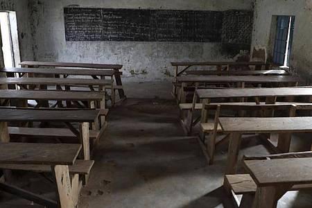 Immer wieder werden in Nigeria Schulen Ziel vonAngriffen extremistischer Organisationen wie Boko Haram. (Archibild). Foto: Uncredited/AP/dpa
