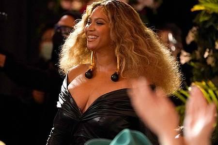 Beyonce wird 40. Per Video haben Hollywoodstars, Musiker, Sportler, Politiker und sogar Amerikas First Lady der Pop-Ikone Beyoncé gratuliert. Foto: Chris Pizzello/Invision/AP/dpa