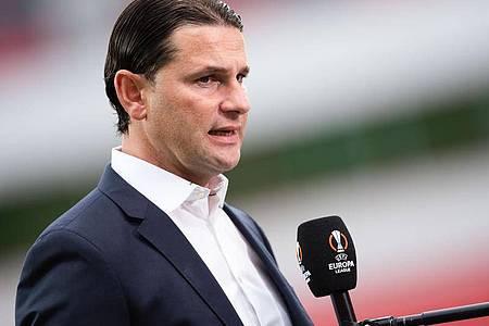 Hat für das Spiel gegen Ferencvaros Budapest Änderungen in der Startelf vorgenommen: Leverkusens Trainer Gerardo Seoane. Foto: Marius Becker/dpa