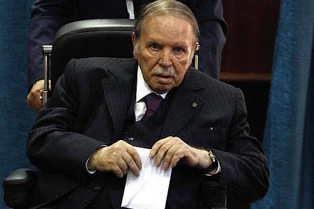 Algeriens früherer Staatschef Abdelaziz Bouteflika. Foto: Sidali Djarboub/AP/dpa