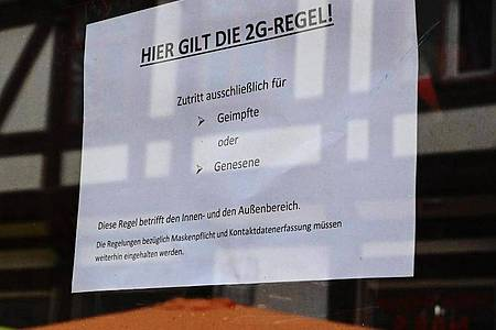 In diesem Cafe gilt die 2G-Regel. Foto: Swen Pförtner/dpa
