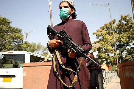 Weitere Menschen wurden aus Afghanistan gerettet, um der Herrschaft der Taliban zu entgehen. Foto: Saifurahman Safi/Xinhua/dpa