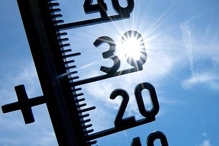 Laut einer Umfrage sorgt sich jeder Zweite vor einer Zunahme der Hitzeperioden. Foto: Sven Hoppe/dpa