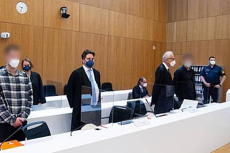Im Prozess um den mutmaßlichen Dreifachmord inStarnberg erhebt die Verteidigung eines der beiden Angeklagten Foltervorwürfe gegen die Ermittler. Foto: Sven Hoppe/dpa