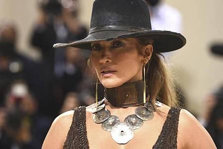 Jennifer Lopez bei der diesjährigen Met-Gala. Foto: Evan Agostini/Invision via AP/dpa