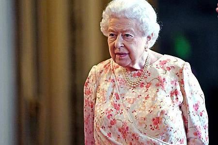 Königin Elizabeth II. von Großbritannien geht es gesundheitlich weiterhin gut. Foto: Victoria Jones/PA Wire/dpa