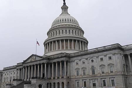 Blick auf das Kapitol in Washington, den Sitz des US-Kongresses. Foto: Jacquelyn Martin/AP/dpa