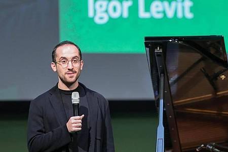 Der Pianist Igor Levit wirbt für die Grünen. Foto: Jan Woitas/zb/dpa