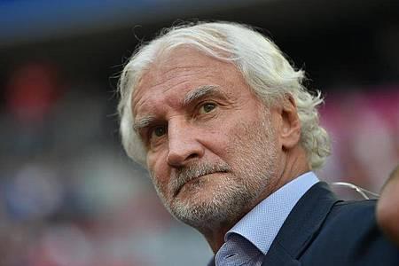 Nimmt den DFB in die Pflicht: Leverkusen-Sportchef Rudi Völler. Foto: Lino Mirgeler/dpa
