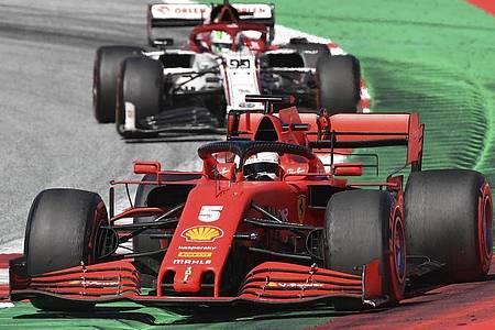 Fuhr mit Ferrari beim Saisonauftakt in Spielberg hinterher: Sebastian Vettel. Foto: Joe Klamar/pool AFP/AP/dpa