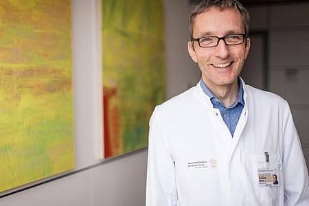Professor Reinhard Berner ist Direktor der Klinik und Poliklinik für Kinder- und Jugendmedizin des Dresdner Universitätsklinikums. Foto: Universitätsklinikum Dresden/dpa-tmn