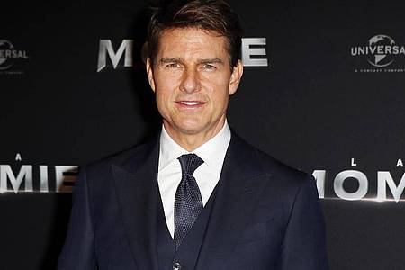Tom Cruise will weitere «Top Gun»-Abenteuer bestehen. Aber wann?. Foto: Francois Mori/AP/dpa