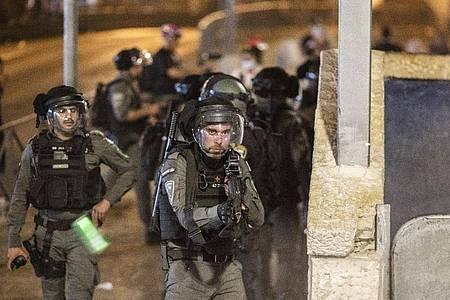 Auseinandersetzungen zwischen Sicherheitskräften und Demonstranten: Die Lage am Tempelberg ist eskaliert. Foto: Ilia Yefimovich/dpa