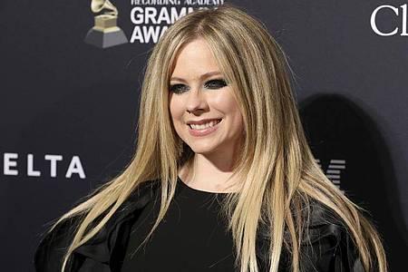 Avril Lavigne und Tony Hawk kommen zusammen gut an. Foto: Mark Von Holden/Invision/dpa