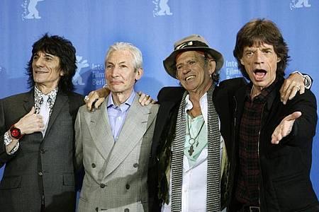 Die Rolling Stones - Ron Wood (l-r), Charlie Watts, Keith Richards und Mick Jagger - 2008 in Berlin. Wie geht es weiter mit der Band?. Foto: Rainer Jensen/dpa
