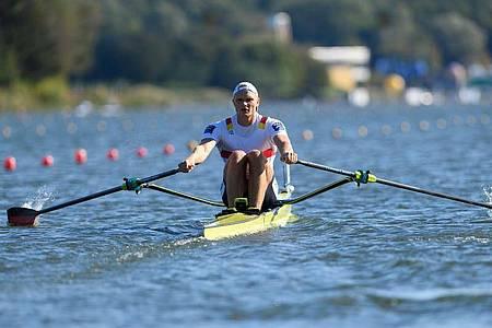Oliver Zeidler zog bei der Ruder-EM ins Finale ein. Foto: Jakub Kaczmarczyk/PAP/dpa