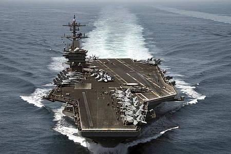 Fast alle der mehr als 4000 Besatzungsmitglieder der «USS Theodore Roosevelt» wurden mittlerweile getestet. Foto: Mc3 Anthony N. Hilkowski / Hando/US NAVY/dpa