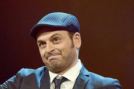 Kaya Yanar und andere Comedians setzen sich immer kritischer mit früheren Gags auseinander. Foto: Henning Kaiser/dpa