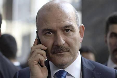 Ziel der Hauptangriffe: Innenminister Süleyman Soylu. Foto: Burhan Ozbilici/AP/dpa