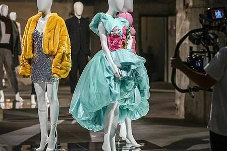 Die Berliner Modewoche findet diesmal im Internet statt, die Schauen werden wegen der Pandemie online gezeigt. Foto: Jens Kalaene/dpa-Zentralbild/dpa