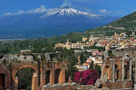 Der Ätna auf Sizilien war in diesem Jahr bisher sehr aktiv. Foto: Wolfgang Thieme/dpa-Zentralbild/dpa