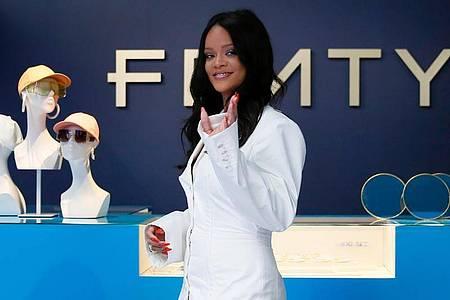 Rihanna stellte die erste Kollektion ihres Modelabels «Fenty» in Paris 2019 vor. Foto: Francois Mori/AP/dpa