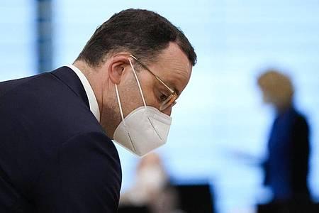 Jens Spahn (CDU), Bundesminister für Gesundheit, kommt zur wöchentlichen Kabinettssitzung der Bundesregierung im Kanzleramt. Foto: Markus Schreiber/AP POOL/AP