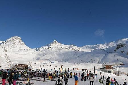 Die Skigebiete rund um Ischgl sind bei Wintersportlern beliebt. Foto: Felix Hörhager/dpa