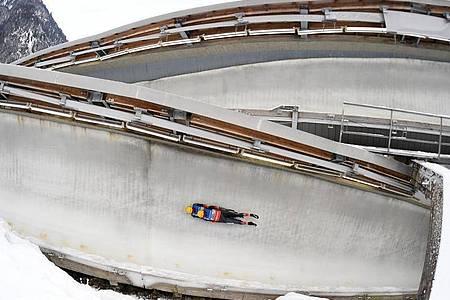 Toni Eggert und Sascha Benecken gewannen im Eiskanal der Kunsteisbahn am Königssee. Foto: Tobias Hase/dpa