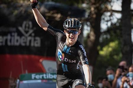 Feierte seinen zweiten Etappensieg bei der Spanien-Rundfahrt 2021: Michael Storer. Foto: Roth/dpa