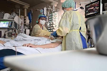 Ein Patient in Baden-Württemberg ist nach einer zweiten Corona-Infektion gestorben. Foto: Marijan Murat/dpa
