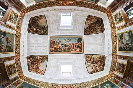 Ein Gesamtkunstwerk aus Malerei, Architektur und Natur. Foto: Jan Woitas/dpa-Zentralbild/dpa