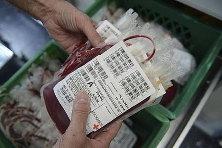 Für das medizinische Versorgungssystem sind Blutspenden unverzichtbar. Foto: Judith Michaelis/dpa-tmn