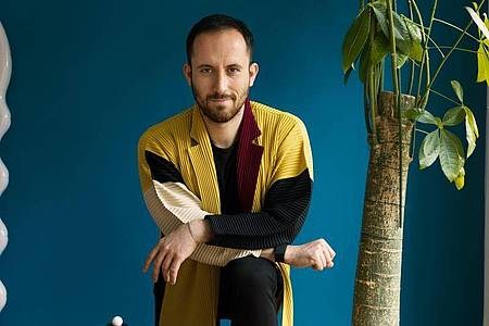 Klassik-Pianist Igor Levit. Sein neues Album «On DSCH» erscheint am 10.09.2021. Foto: Felix Broede/Sony Music/dpa