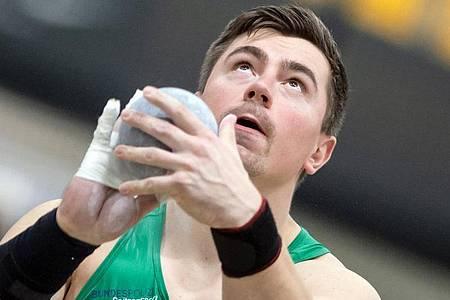 Musste wegen seiner Corona-Quarantäne einen Dopingkontrolleur nach Hause schicken: Kugelstoßer David Storl. Foto: Bernd Thissen/dpa