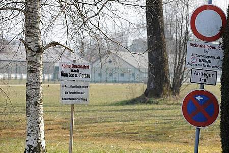 Blick auf die Justizvollzugsanstalt in Bernau am Chiemsee (Bayern). Foto: picture alliance / dpa