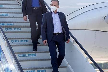 Bundesaußenminister Heiko Maas landet zu Afghanistan-Gesprächen im türkischen Antalya. Foto: Michael Fischer/dpa