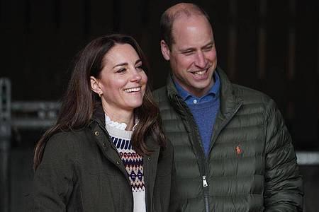 Nach Instagram und Twitter setzen William und Kate jetzt auch auf Youtube. Foto: Owen Humphreys/PA Wire/dpa