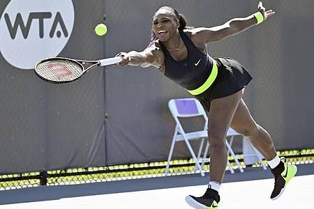 Serena Williams ist beim WTA-Turnier in Lexington im Viertelfinale ausgeschieden. Foto: Timothy D. Easley/AP/dpa