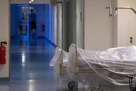 Vielen Klinikien fehlt laut Deutscher Krankenhausgesellschaft das Geld aus der Regelversorgung. Foto: Soeren Stache/dpa/Symbolbild