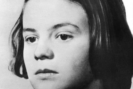 Sophie Scholl, Mitglied der «Weißen Rose». In Flugblättern prangerte die Widerstandsgruppe die Verbrechen der Nationalsozialisten an. Foto: -/dpa